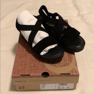 Born Park Sandals Black 10M